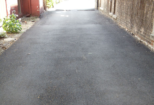 asphalt driveways construction